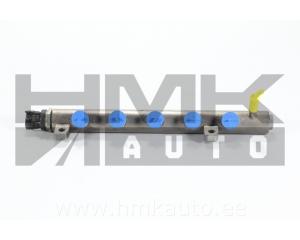 Рейка топливная (рампа) с дачиком давления Renault 1,6DCI