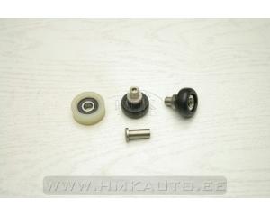 Комплект нижних роликов боковой правой сдвижной двери Iveco Daily 00-06