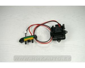 Резистор (сопротивление вентилятора печки) Renault Trafic/Opel Vivaro