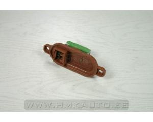 Резистор (сопротивление вентилятора печки) Boxer/Jumper/Ducato -06
